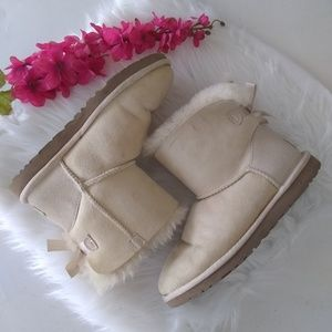 Ugg Mini Bailey Bow Beige Ankle Boots Size 6
